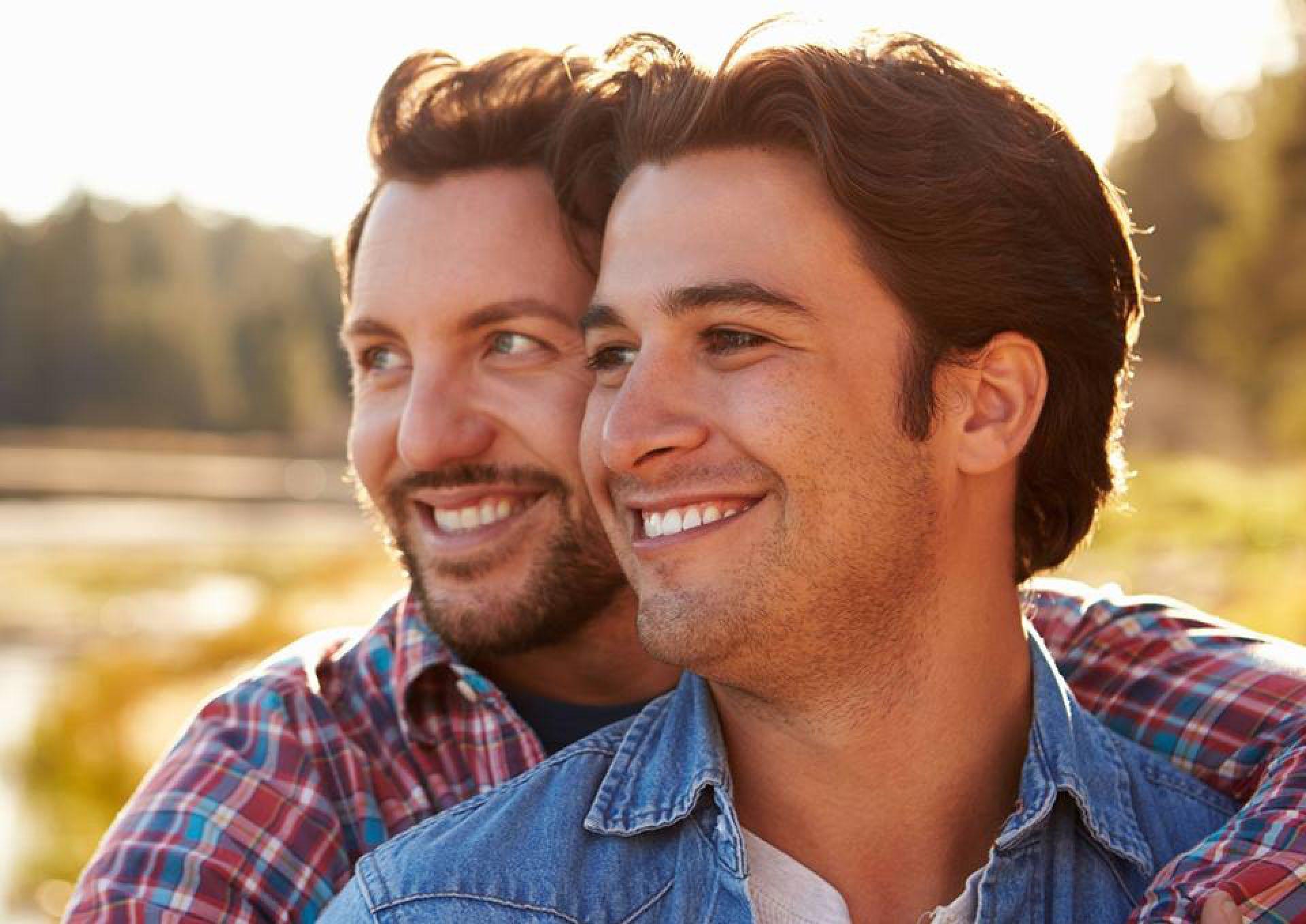Gay Singles Looking for Gentlemen Date and Hookup Online in Independence