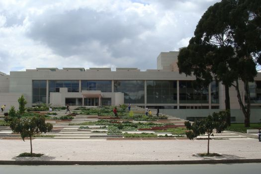 Centro Cultural y Biblioteca Pública Julio Mario Santo Domingo