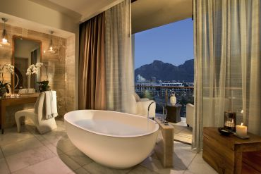 Luxury collection: 12 Places to Urban Honeymoon in Style