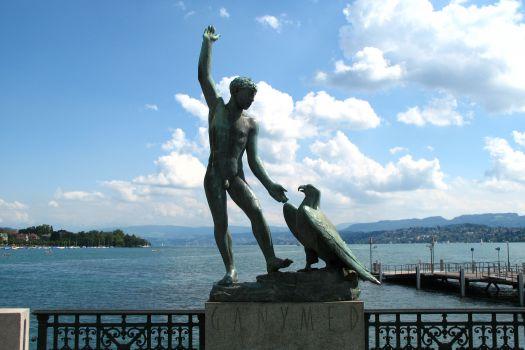 Ganymed Statue