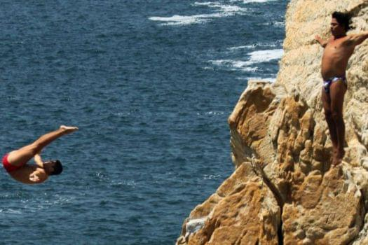 La Quebrada Cliff Divers, Acapulco