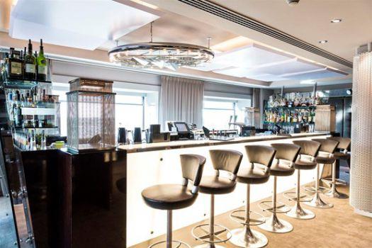 Okura Hotel Bar