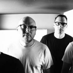 The Smoking Popes w/ The Pink Spiders & Amuse at The EARL