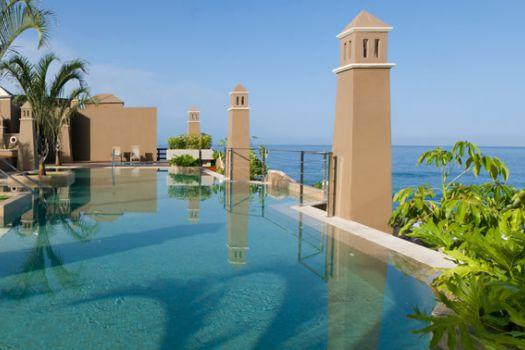 Playa Calera Hotel