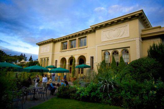 McMenamins Kennedy School, Portland