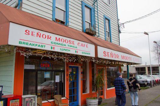 Señor Moose Café