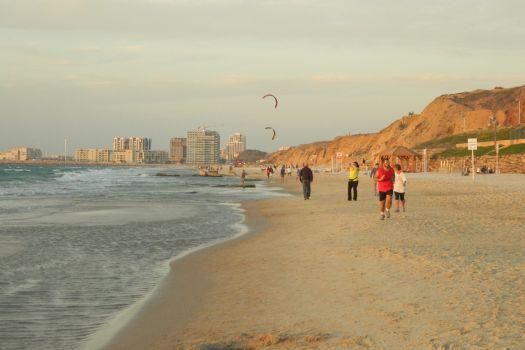 Tzuk Beach