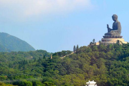 Tian Ta Buddha